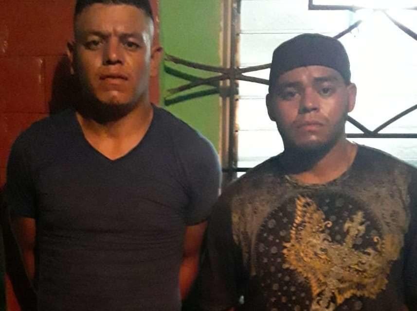Capturan a dos sujetos que acribillaron a un agente sobre la carretera Troncal del Norte en Guazapa
