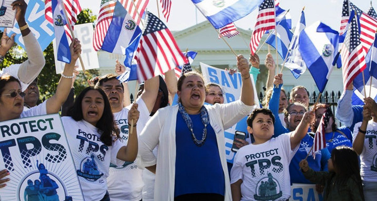 Decisión judicial pendiente detiene la cancelación del TPS que se extiende para El Salvador, Nicaragua, Haití y Sudán
