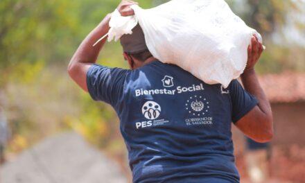 Gobierno seguirá entregando paquetes de alimentos a salvadoreños